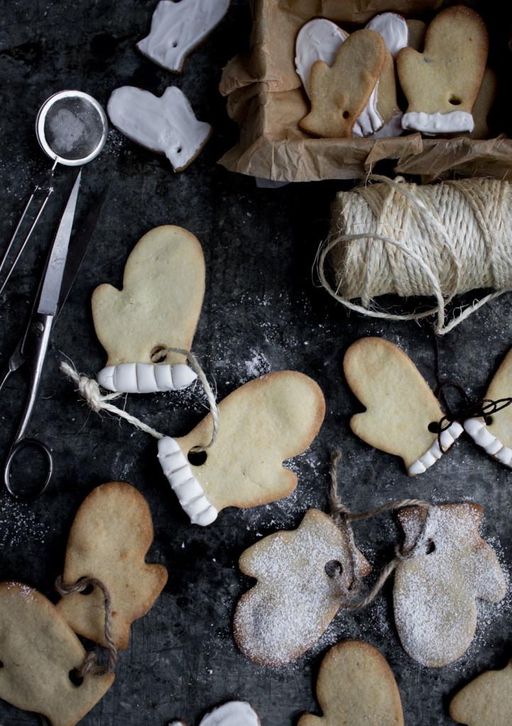 pepparkakor-julkaka-julfika-pepparkaksformar-julpyssel-Originella pepparkakor, julinredning