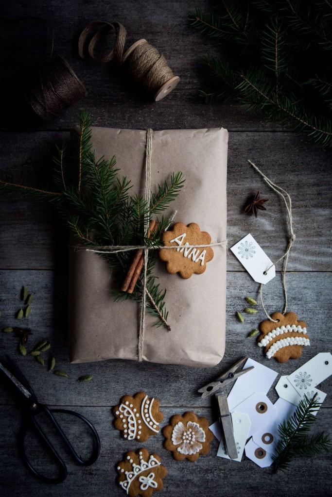 Paketinslagning: med pepparkakor